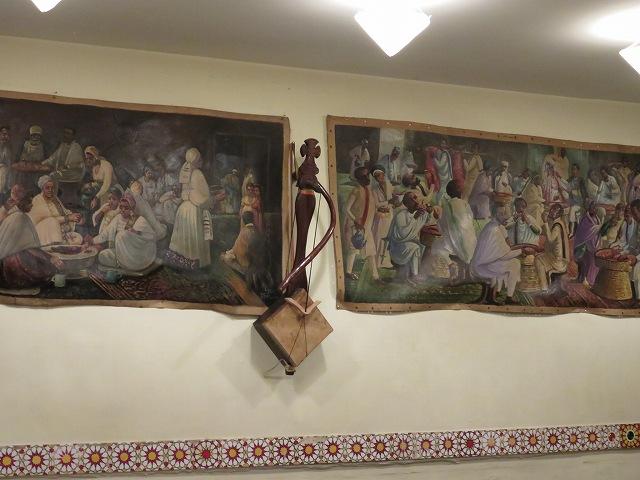 中目黒のエチオピア料理店「クイーン・シーバ」の店内