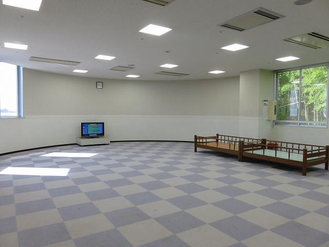 三国競艇場2階のレディースラウンジ