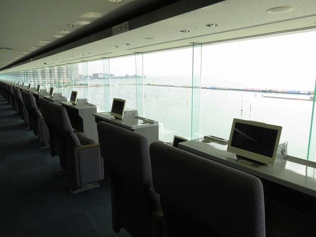 びわこ競艇場の4階指定席