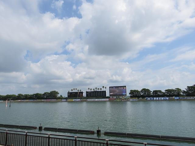 浜名湖競艇場の水面