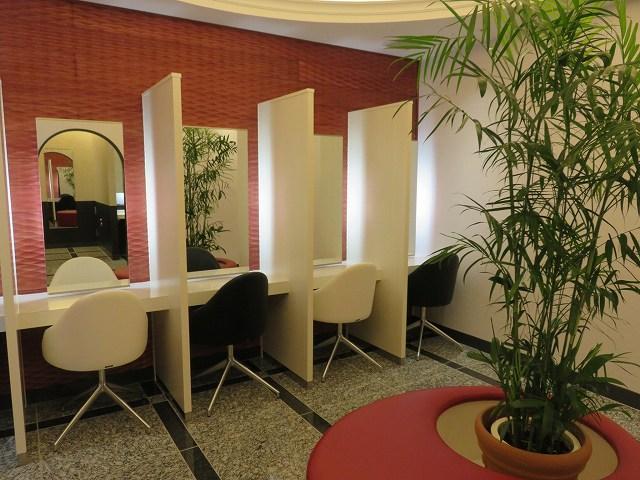 福岡競艇場2階の女子トイレのパウダールーム