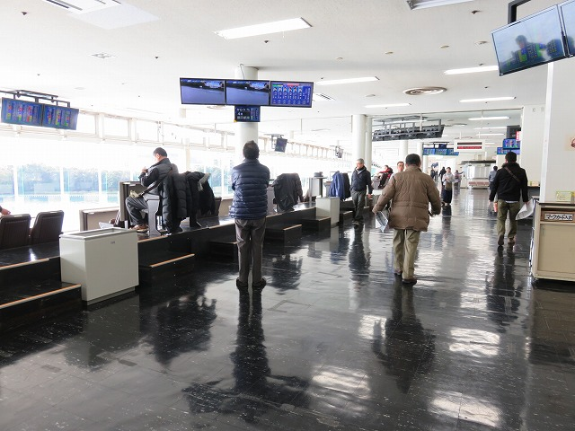 多摩川競艇場の指定席フロア
