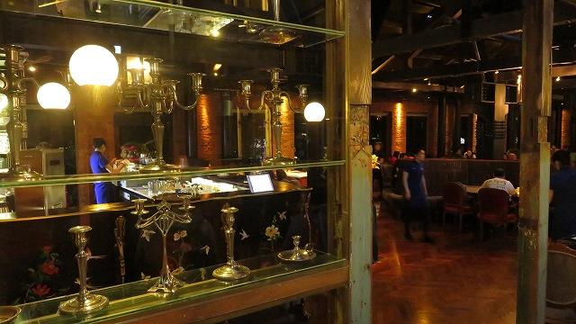 台中の宮原眼科2階のレストラン