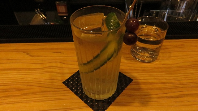 台南の「Bar Mozaiku」のジントニック