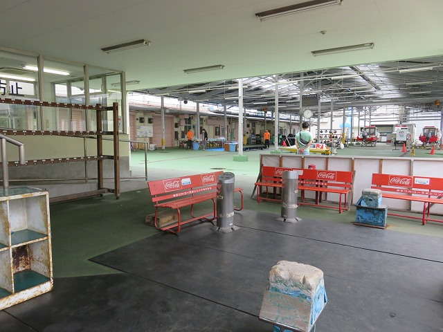 平和島競艇場のピット内の喫煙スペース