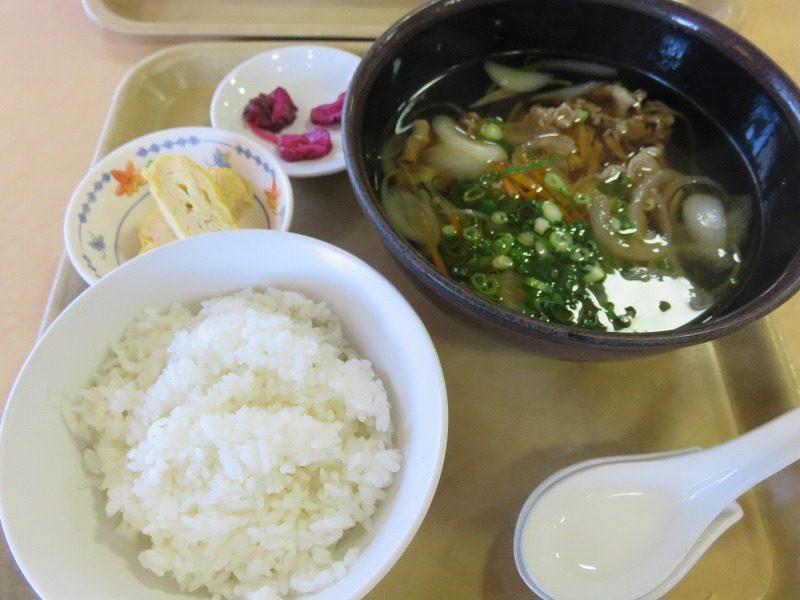 尼崎競艇場の2階レストラン「水明」の肉吸い定食