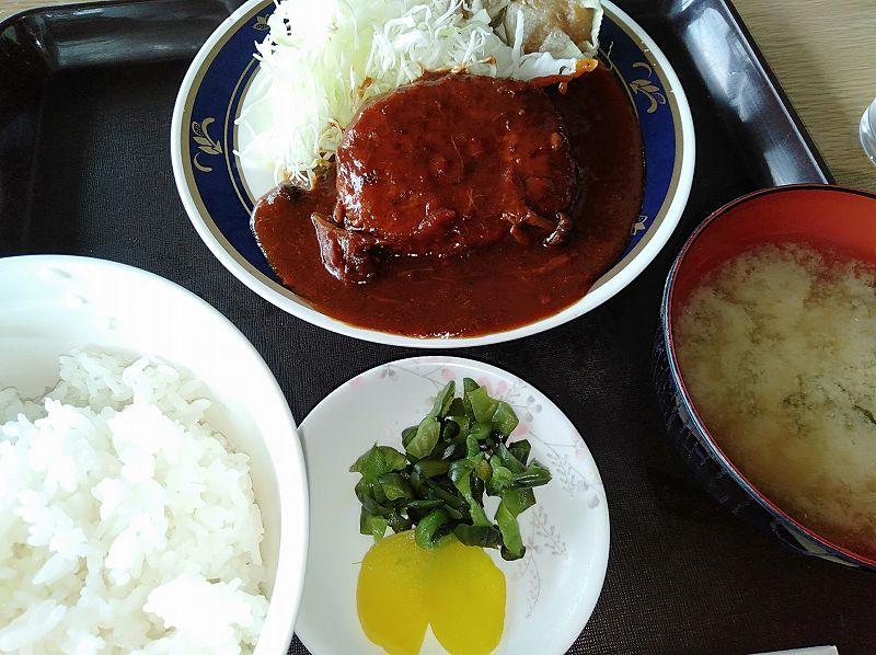 戸田競艇場3階フードコート「しぶき」の日替わり定食