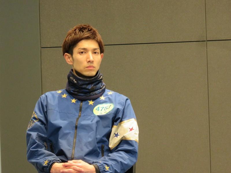 丸亀競艇場の2階イベントホールで行われた「G1 四国地区選手権」の優出インタビューでの山田祐也選手