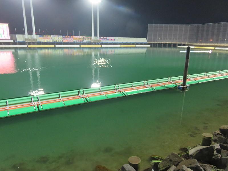 丸亀競艇場の干潮時の水面