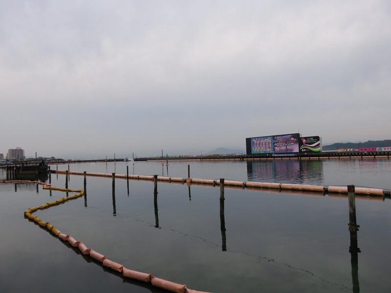 宮島競艇場の1マーク側から見た水面