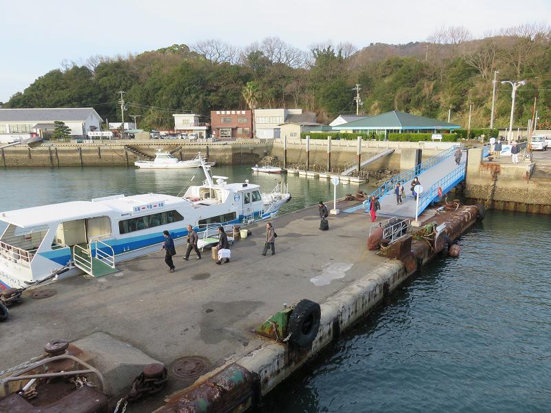 本島の船着き場