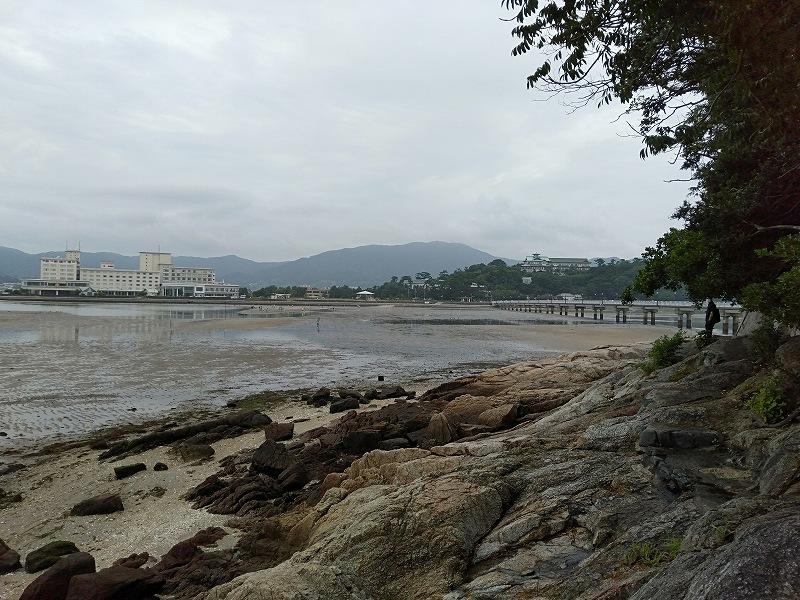 蒲郡の竹島にある遊歩道から見える 景色