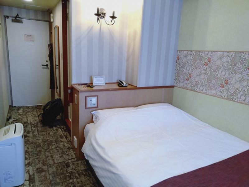 伊香保温泉の洋風旅館ぴのんのダブルベッドルーム