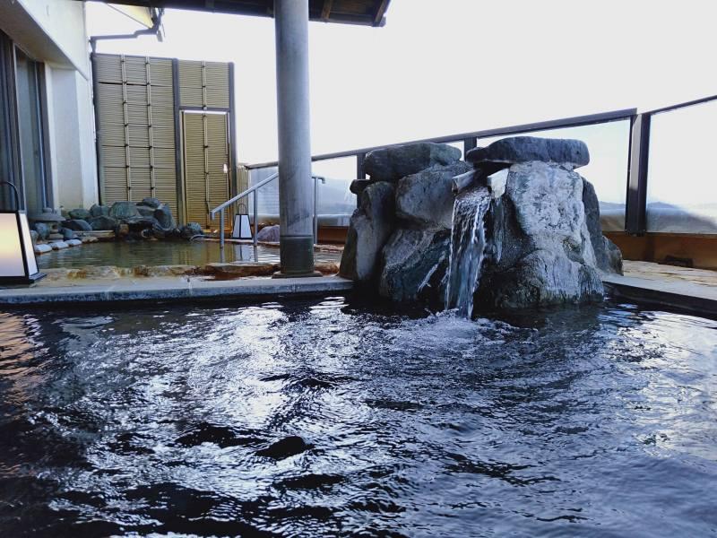 伊香保温泉の松本楼の8階にある吉祥の湯の露天風呂