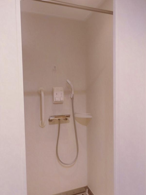 オーシャン東九フェリー「りつりん」の女湯のシャワー室