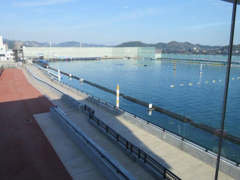 ボートレース鳴門の2マーク側水面