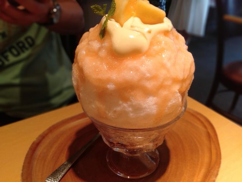 京氷菓つららの「桃カスタード」